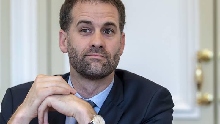 Der Genfer Regierungspräsident Antonio Hodgers hat vergangene Woche bekannt gemacht, dass nicht weniger als die Hälfte der gewählten Exekutivmitglieder von Stadt und Kanton Genf mit der Justiz zu tun haben.