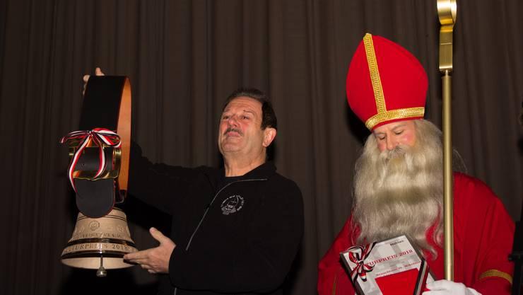 St. Nikolaus darf sich in Wohlen über den Kulturpreis freuen^. Die Geehrten sind gerührt.