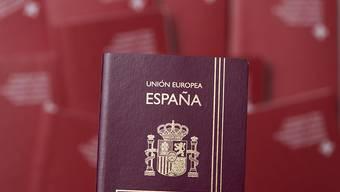Ein Spanier muss die Schweiz nach einer Verurteilung wegen Raubes nicht verlassen, weil er unter die Härtefallklausel fällt. (Symbolfoto)