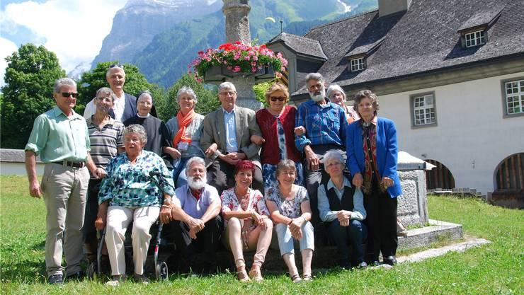 Konrad Schleiss (3. v. l.) ist der Jüngste von 17 Geschwistern, von denen 15 (Bild) noch leben.