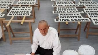 Rémy Zaugg in seinem Atelier. (Foto aufgenommen im April 2004.)
