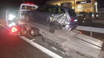 Unfall auf der A1 bei Safenwil: Lkw fährt in Abschleppfahrzeug