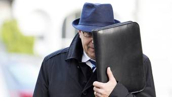 Alfred Castelberg erscheint zum BVK Prozess am Zürcher Obergericht.