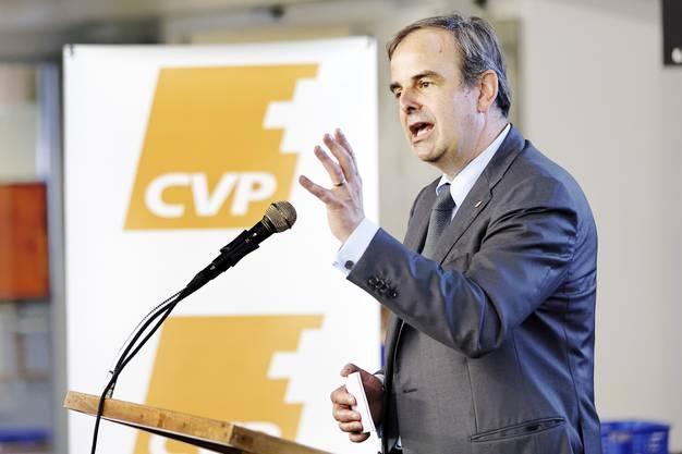 Gerhard Pfister, Präsident CVP Schweiz, bei seiner Rede.