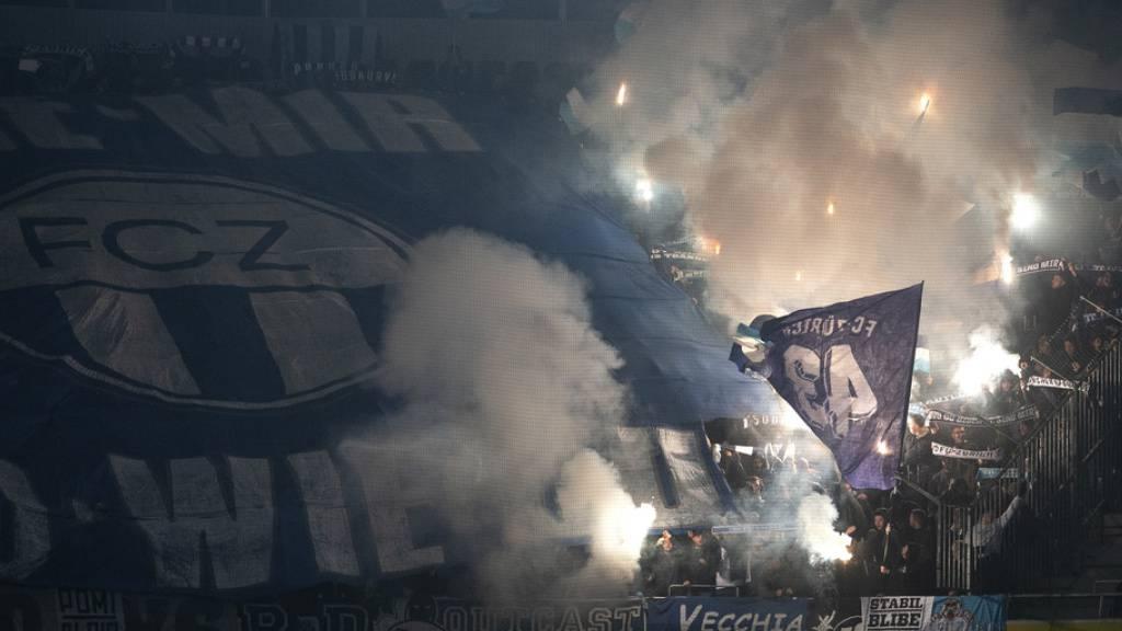 Mutmassliche FCZ-Fans bestreiten Beteiligung an Angriff auf YB-Zug
