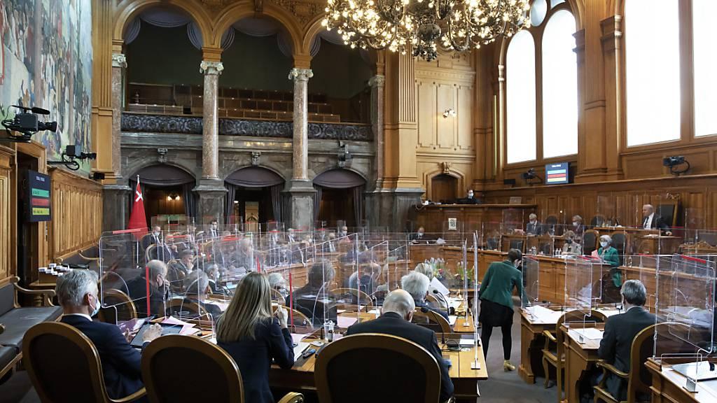 Parlament stimmt zweiwöchigem Adoptionsurlaub zu