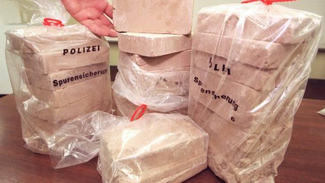 Drogerkurier verhaftet – mit zwei Kilogramm Heroin (Symbolbild).