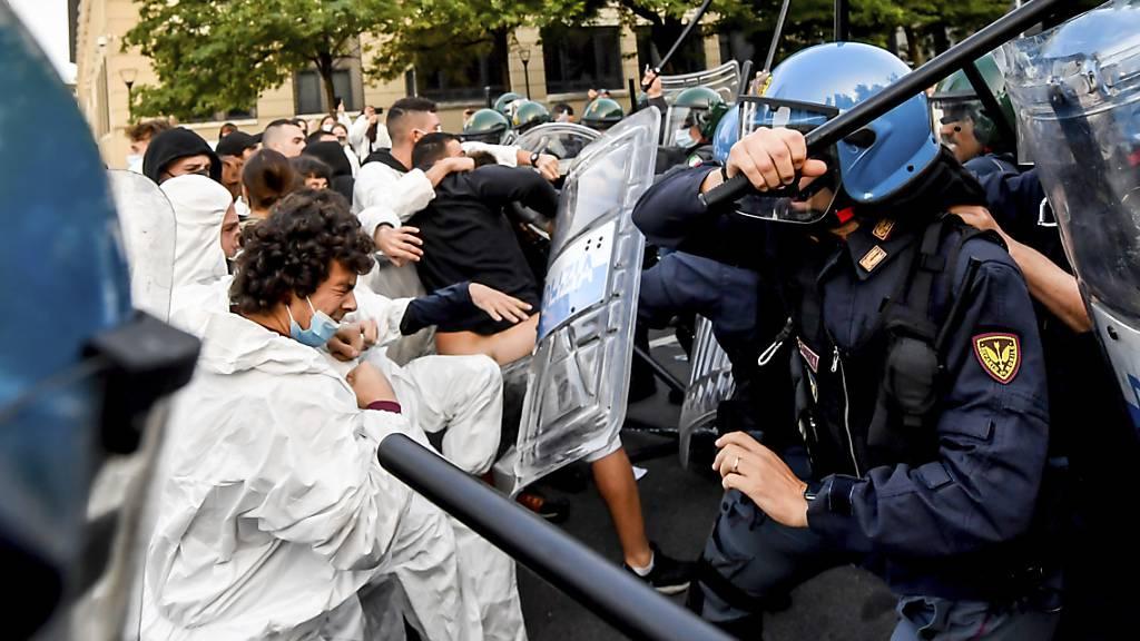 Proteste und Polizeieinsatz bei Jugend-Klima-Gipfel in Mailand
