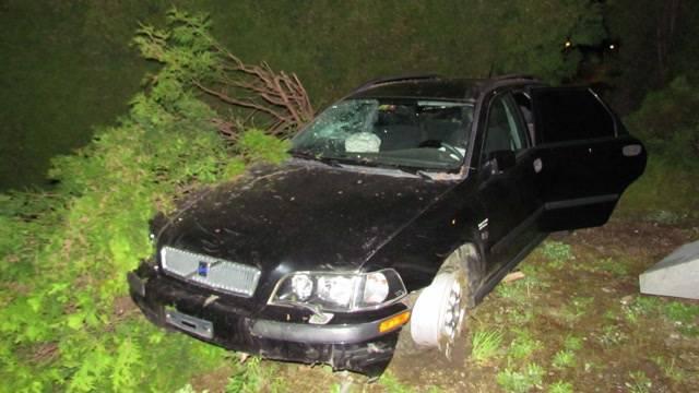 Betrunkener Autofahrer verursacht Unfall in Frick