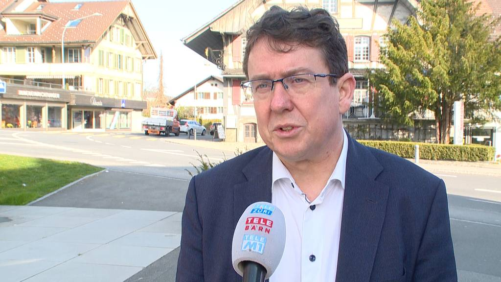 SVP-Präsident Albert Rösti bleibt im Amt