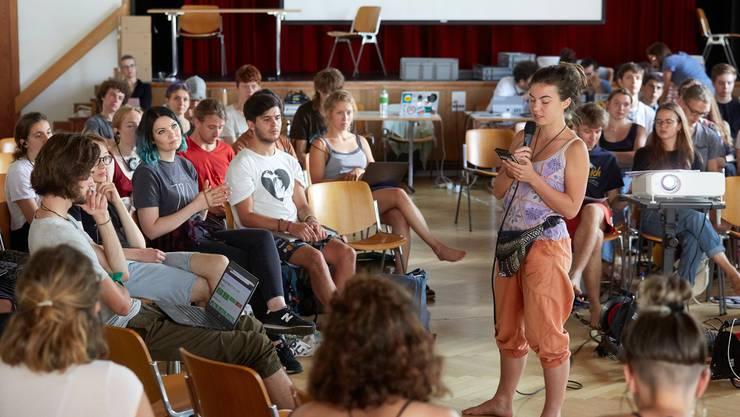Die Klimajugendlichen beschliessen Ende Juli am 4. nationalen Klima-Gipfel im Berner Kirchgemeindehaus Johannes in Bern eine Charta für alle Nationalratskandidaten.