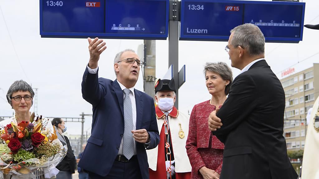Guy Parmelin in der Waadt als Bundespräsident gefeiert