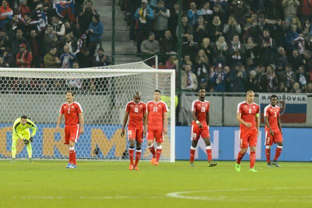 Enttäuschte Schweizer nach dem ersten Goal der Slowakei.