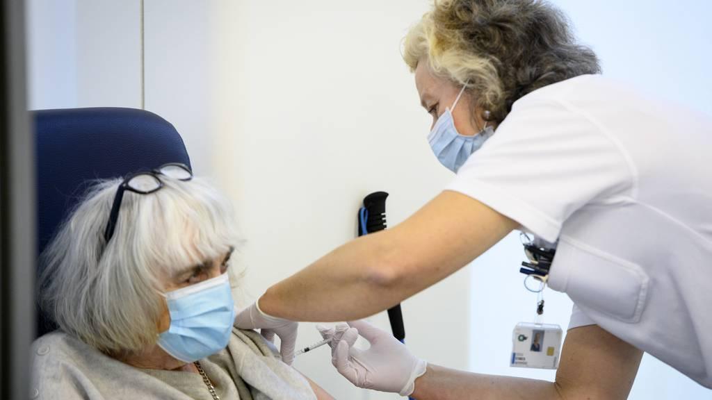 Nach Moderna-Zulassung: Weitere Zielgruppe kann geimpft werden