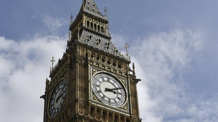 Der Glockenschlag des Londoner Big Ben ist am Montagmittag voraussichtlich für Jahre verstummt.