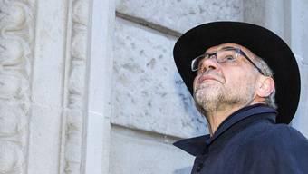 Whistleblower Rudolf Elmer auf dem Weg ins Zürcher Bezirksgericht 2015. Morgen folgt der Berufungsprozess vor dem Zürcher Obergericht.