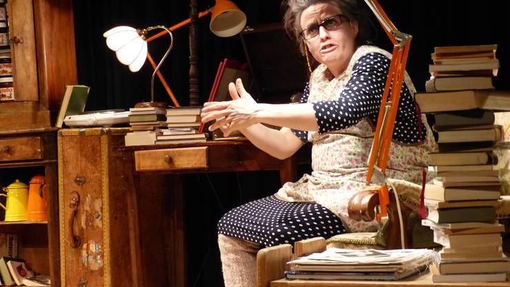 Marjolaine Minot spielt Claudine, eine alte Dame, die vom Glück nichts wissen will.