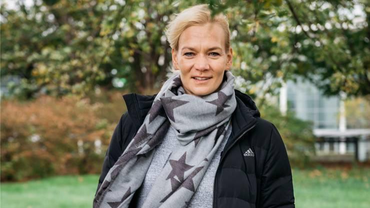 «Vergiss nicht, du tust das nicht nur für dich, sondern für uns alle», sagten Kolleginnen vor ihrem ersten Spiel als Bundesligaschiedsrichterin: Bibiana Steinhaus. Jann Höfer/Redux/Laif