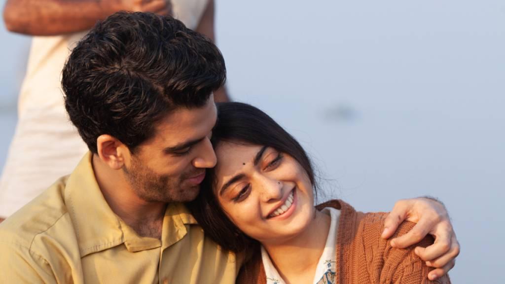 Kabir Durrani (Danesh Razvi) und Lata Mehra (Tanya Maniktala) in einer Szene des Films «Eine gute Partie» («A Suitable Boy»).