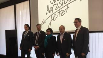 Von links: Manuel Friesecke, Geschäftsführer der Regio Basiliensis, Thomas de Courten, Nationalrat SVP Baselland, Antita Fetz, Basler SP-Ständerätin, Claude Janiak, Baselbieter SP-Ständerat, Martin Dätwyler, Direktor der Handelskammer beider Basel.