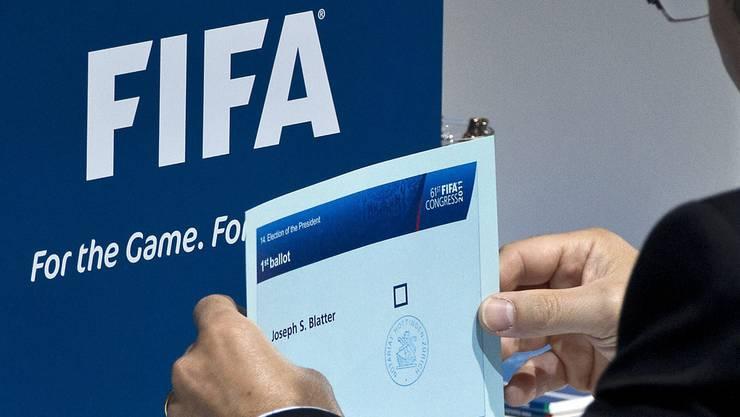Ein Stimmzettel für Joseph «Sepp» Blatter.