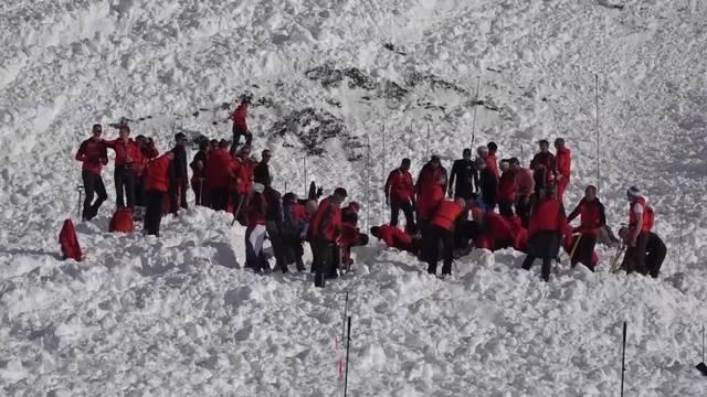 Nach Lawinenunglück: Leichtfertige Bergtouristen?