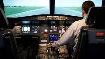 Flugschulung im Simulator: Ein angehender Pilot übt den Start.