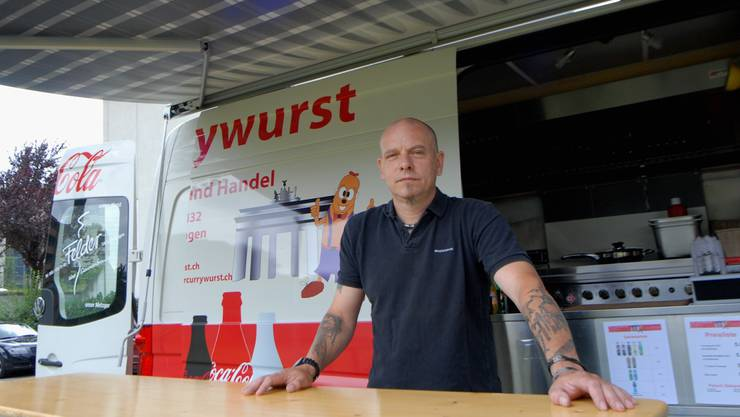 Frank Klawitter will im Aargau Currywürste verkaufen - noch hat er aber keinen Standort gefunden.