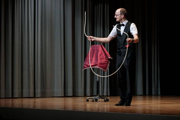 Zaubershow mit Ron Bertolla