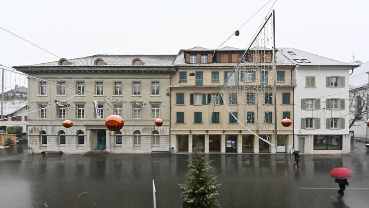 Städtische Liegenschaften: Links soll das Kunstmuseum einziehen; im Mittelteil ist die Kunst heute zu Hause. (Archivbild)