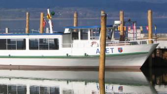 Die SVP bucht das Schiff für ihre Wahlkampfveranstaltung bei einem deutschen Anbieter.