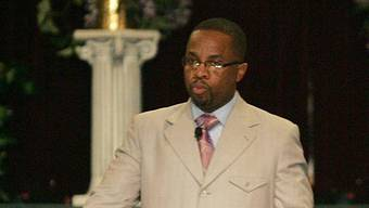 Pfarrer Cedric Miller warnt