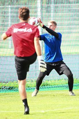 Der neue FCA-Goalie Simon Enzler