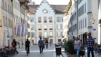Zwischen dem Platzhirsch und dem Bernina-Geschäft in der Aarauer Rathausgasse soll die Musik-Bar einziehen.
