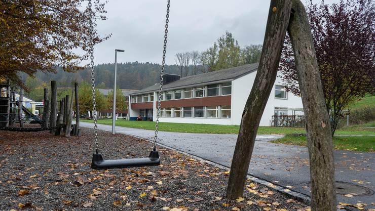 In 19 Gebäuden am Dorfeingang von Zetzwil betreut die Stiftung Schürmatt beeinträchtigte Kinder, Jugendliche und Erwachsene.
