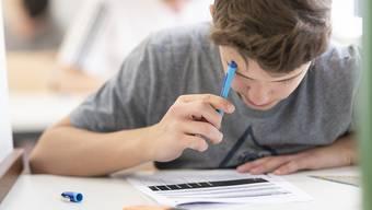 Die Kantonsschule Uster bietet ab 2021 eine zweisprachige Maturität in Deutsch und Englisch an. (Symbolbild)
