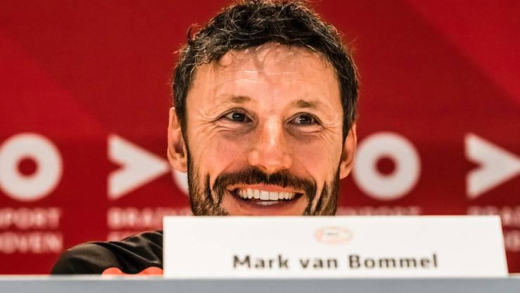 Optimistisch vor der Champions-League-Qualifikation gegen Basel gibt sich aber auch PSV-Coach Mark van Bommel