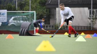 Landhockey-Training  auf der Bernau in Wettingen.