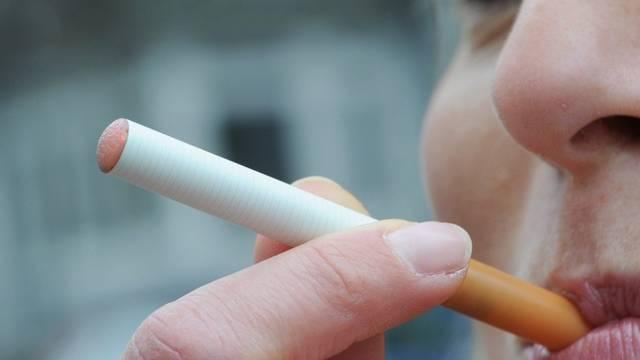 Steuerfreier Genuss - Rauchen an der E-Zigarette
