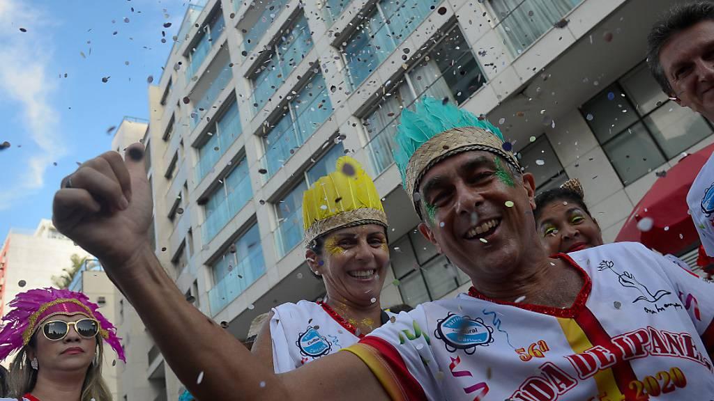 Grosser Ansturm und Optimismus am Zuckerhut: Rio plant Karneval 2022