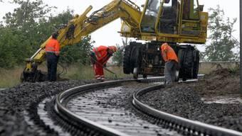 Der Unterhalt der Infrastruktur kostet die SBB immer mehr Geld. Nun soll der Bund neue Mittel einschiessen. Archiv)
