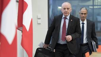 Finanzminister Ueli Maurer präsentierte am Mittwoch einen überraschenden Überschuss.