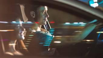Die Beratungsstelle für Unfallverhütung (BFU) hat die Risikofaktoren für 18- bis 24-jährige Autolenker analysiert. (Symbolbild)