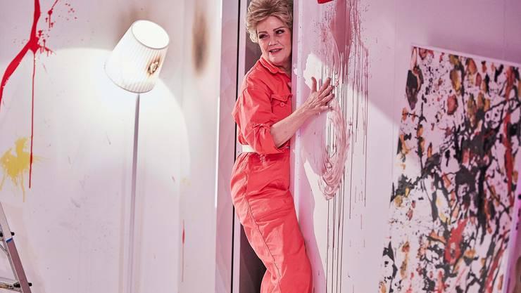 Maud Gutman (Claudia Burckhardt) hat für drei Dollar ein «hässliches» Bild gekauft. Ist es ein Jackson Pollock?