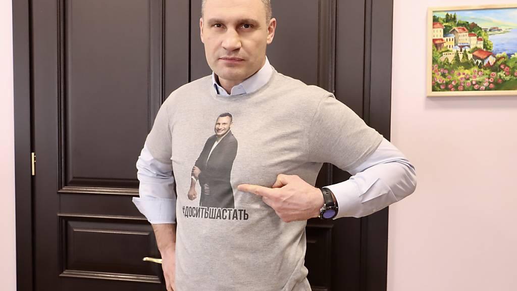 Klitschko vor Wiederwahl in Kiew - Bald als Weihnachtsmann in Berlin?