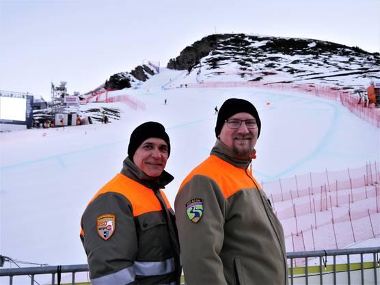 Die Zivilschutzorganisationen Aargau Ost und Aargau Süd helfen mit 45 Männern in Wengen mit.