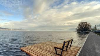 Bleibt am Zürichsee wohl eine Seltenheit: Ein Uferweg, der wirklich dem Ufer entlang verläuft.