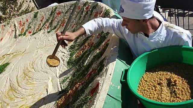 Kichererbsen-Koch in der Humus-Hauptstadt