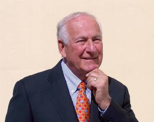 Der Autor (80) ist emeritierter Professor an der Rutgers University Business School in New Jersey. Er ist spezialisiert auf die wirtschaftliche Entwicklung im Nahen Osten.