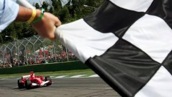 In Imola wurde in der Formel 1 vor 14 Jahren zum letzten Mal die karierte Flagge als Signal für das Rennende geschwenkt
